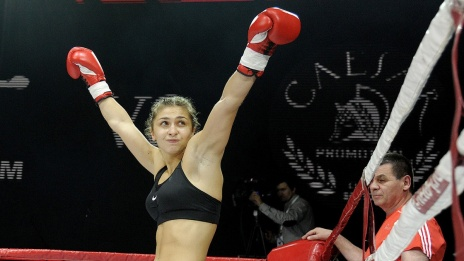 Boxer from Voronezh Tatyana Zrazhevskaya defeats Ukrainian athlete in rating fight