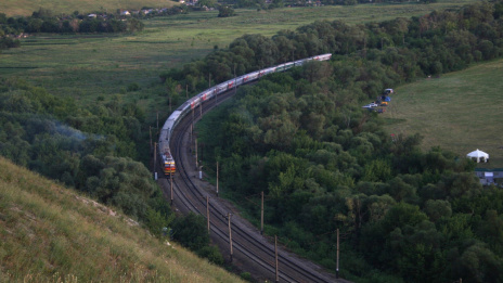 Voronezh Electrosignal develops automatic locomotive radio stations