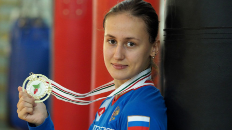Voronezh athlete enters top of most beautiful female boxers in Russia