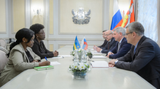 Head of Region and Ambassador of Republic of Rwanda discuss direct shipments of coffee and tea from Africa to Voronezh