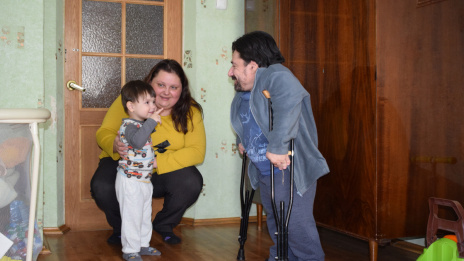 All restrictions are in your head. How 1 m tall Voronezh disabled man gains self-confidence and love