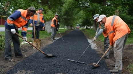Voronezh authorities to allocate 14.9 million rubles on sidewalks and entrances to social facilities