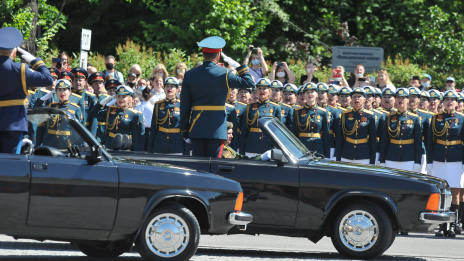 'We could not but come.' Voronezh residents attend Victory Parade despite coronavirus